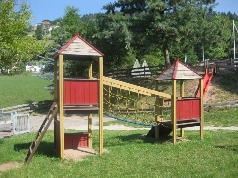 Playground in the center of Mölten/Meltina