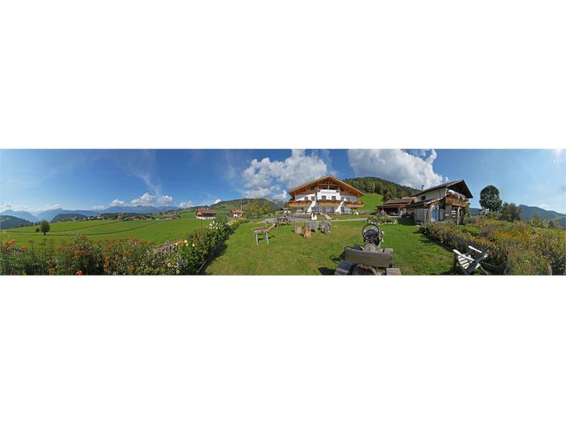 Vista panoramica dal maso Ganthalerhof