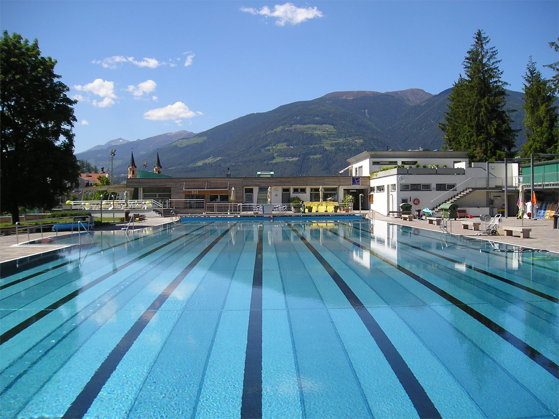 Piscina all'aperto di Brunico
