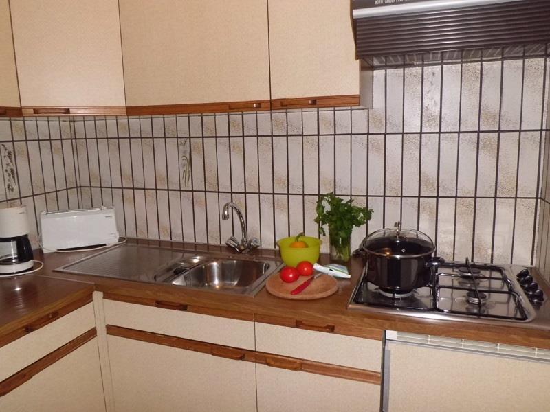 Kochnische im Appartement Enzian