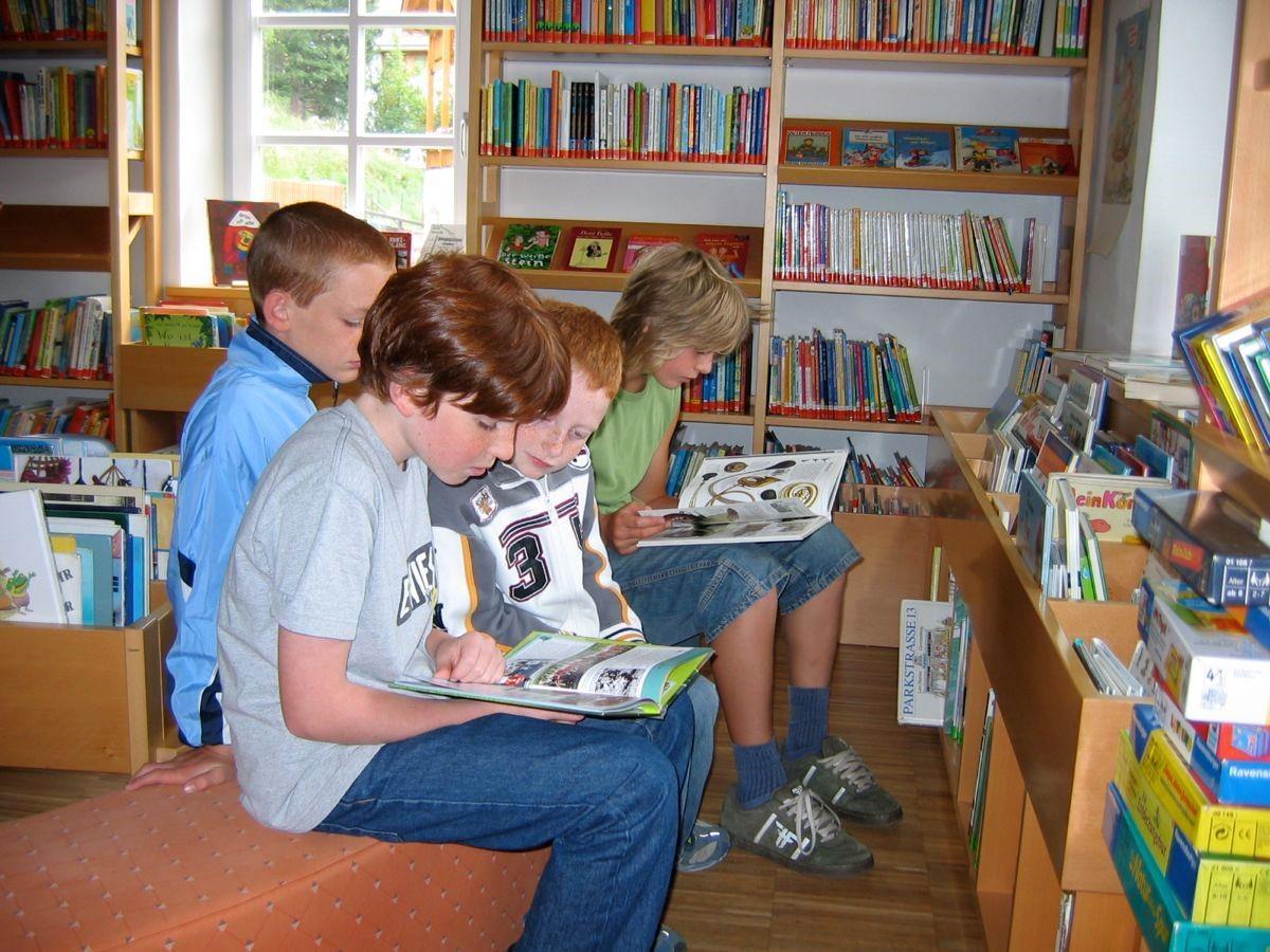 Bibliothek Teis
