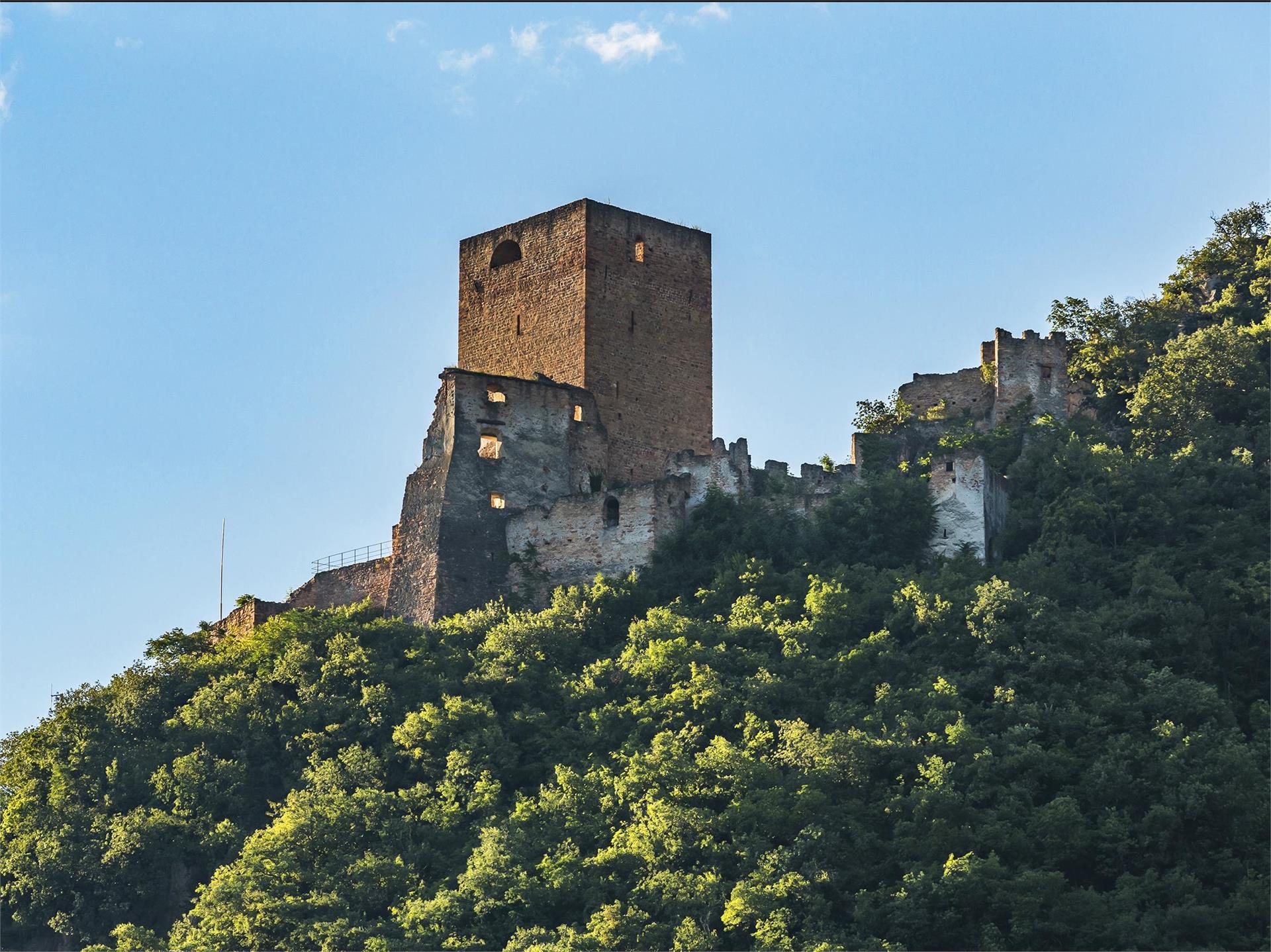 Burgenweg Schloss Neuhaus Maultasch Terlan