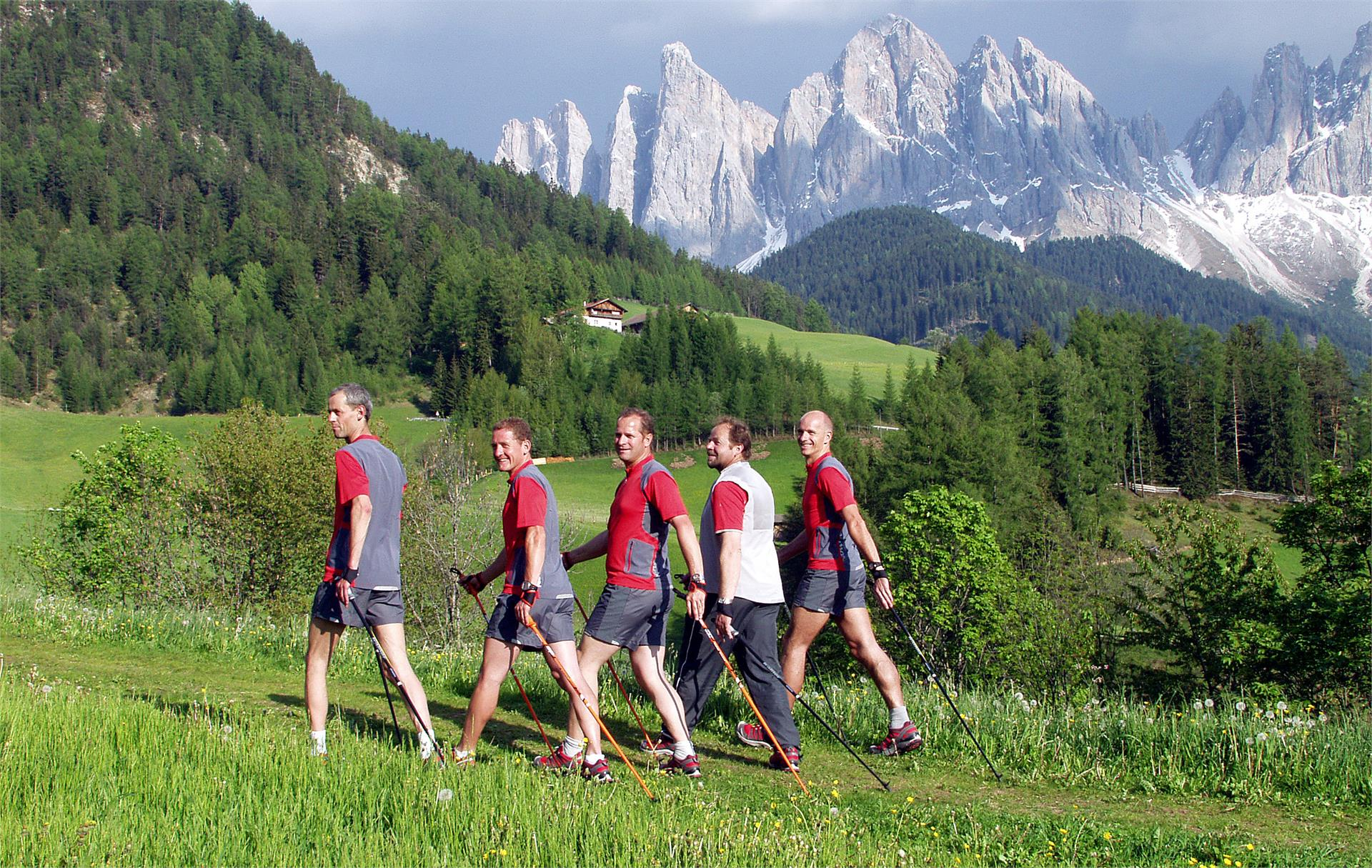 Nordic Walking im Dolomitental Villnöss