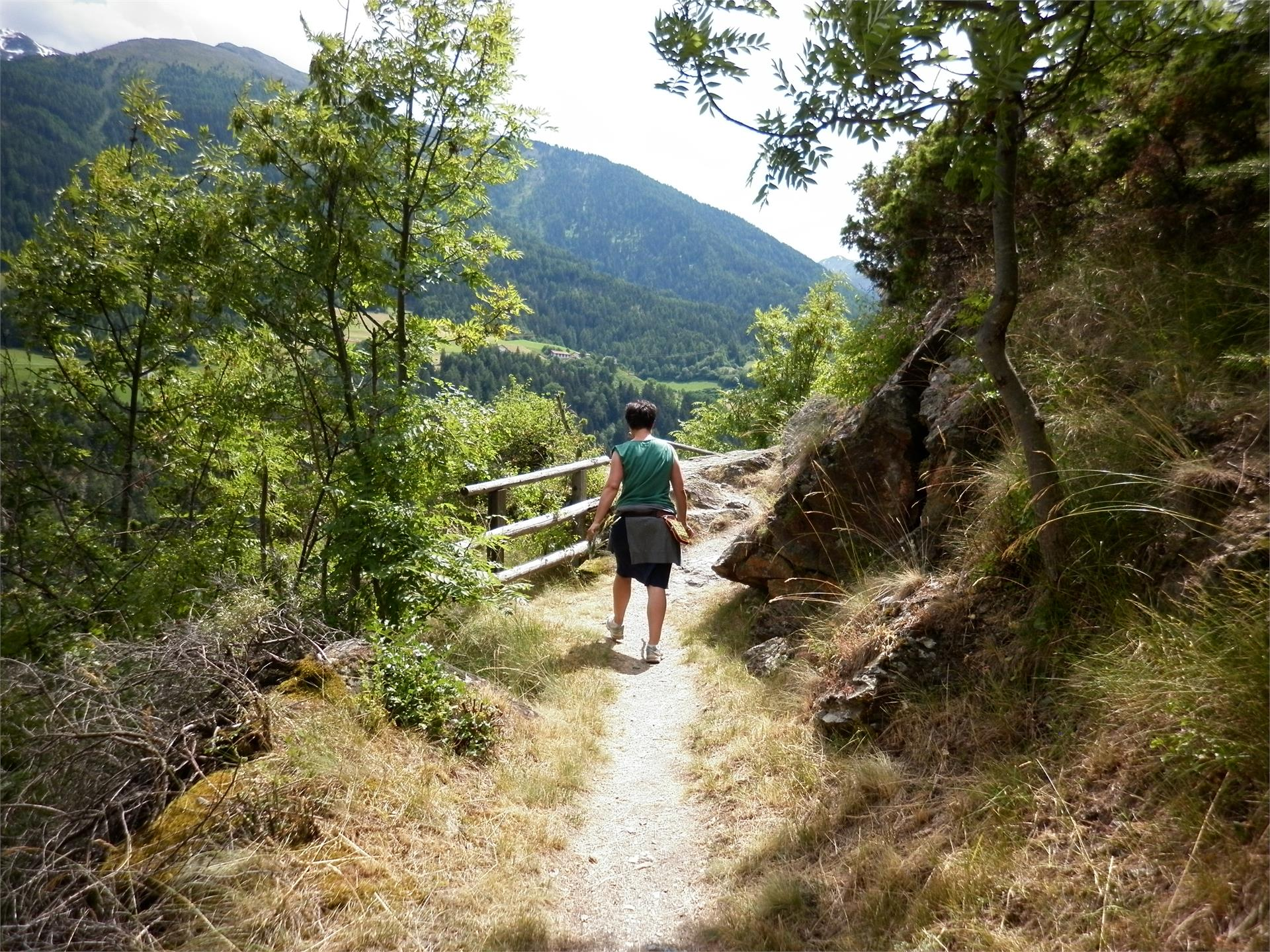 "Hiking tour on the irrigation channel path ""Agumser Bergwaal"""