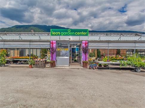 Leos garden center