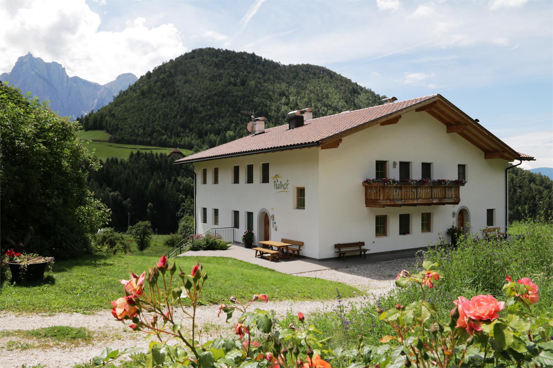 Panoramablick auf Seiser Alm und Dolomiten
