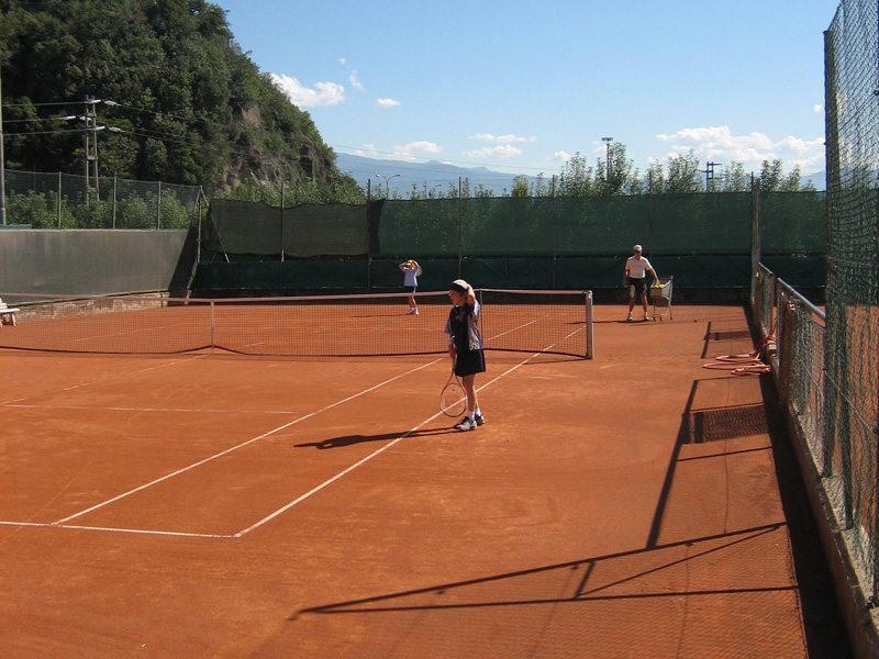 Campo da tennis a Terlano