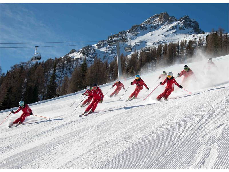 Skischool Carezza