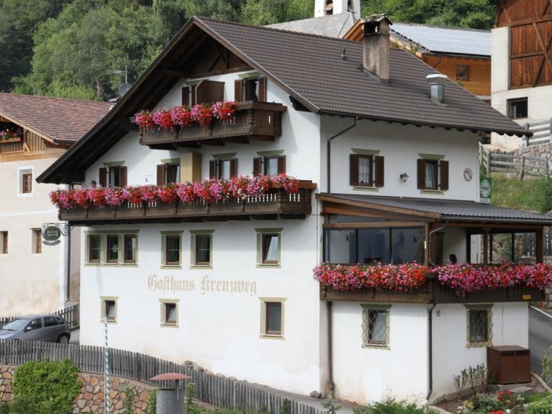 Mölten - St. Georgen- Gasthof Kreuzweg