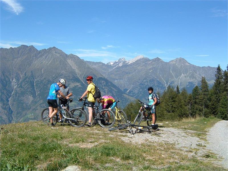 Uphill Monte S. Vigilio