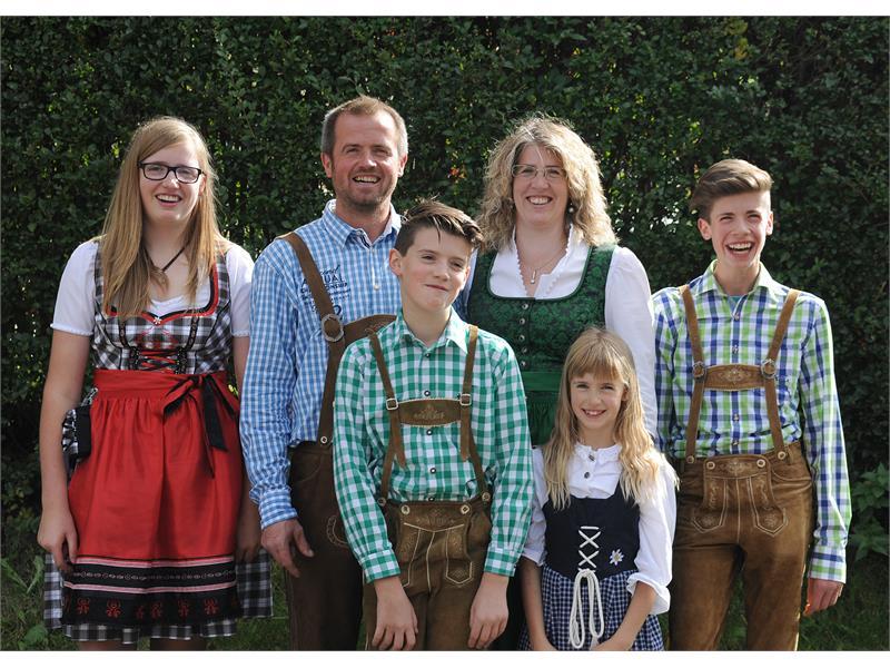 Family Nischler