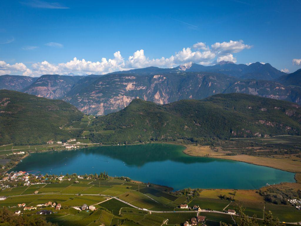 Circular Hike: Kalterer See Lake