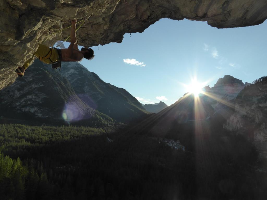 Climbing crag Landro holes