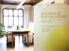 Südtiroler Weinakademie Ansitz Pach in Kaltern am See