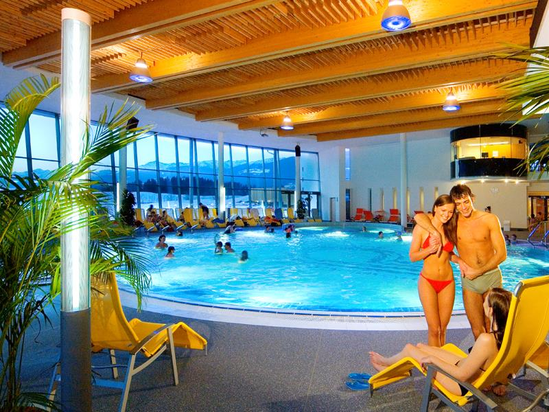 Indoor swimming pool Cron4