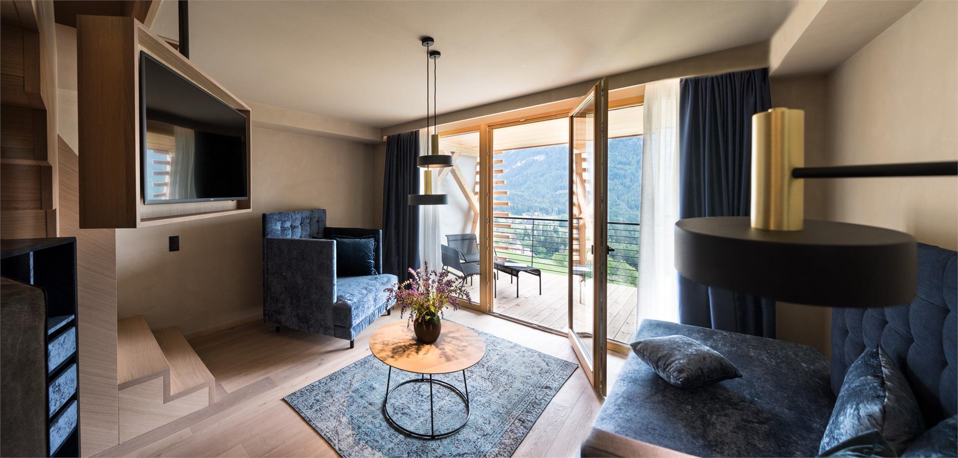 Dolomite Suite 1