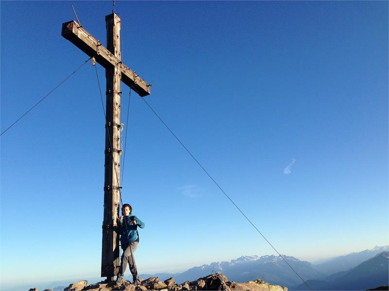 Summit cross monte Luco