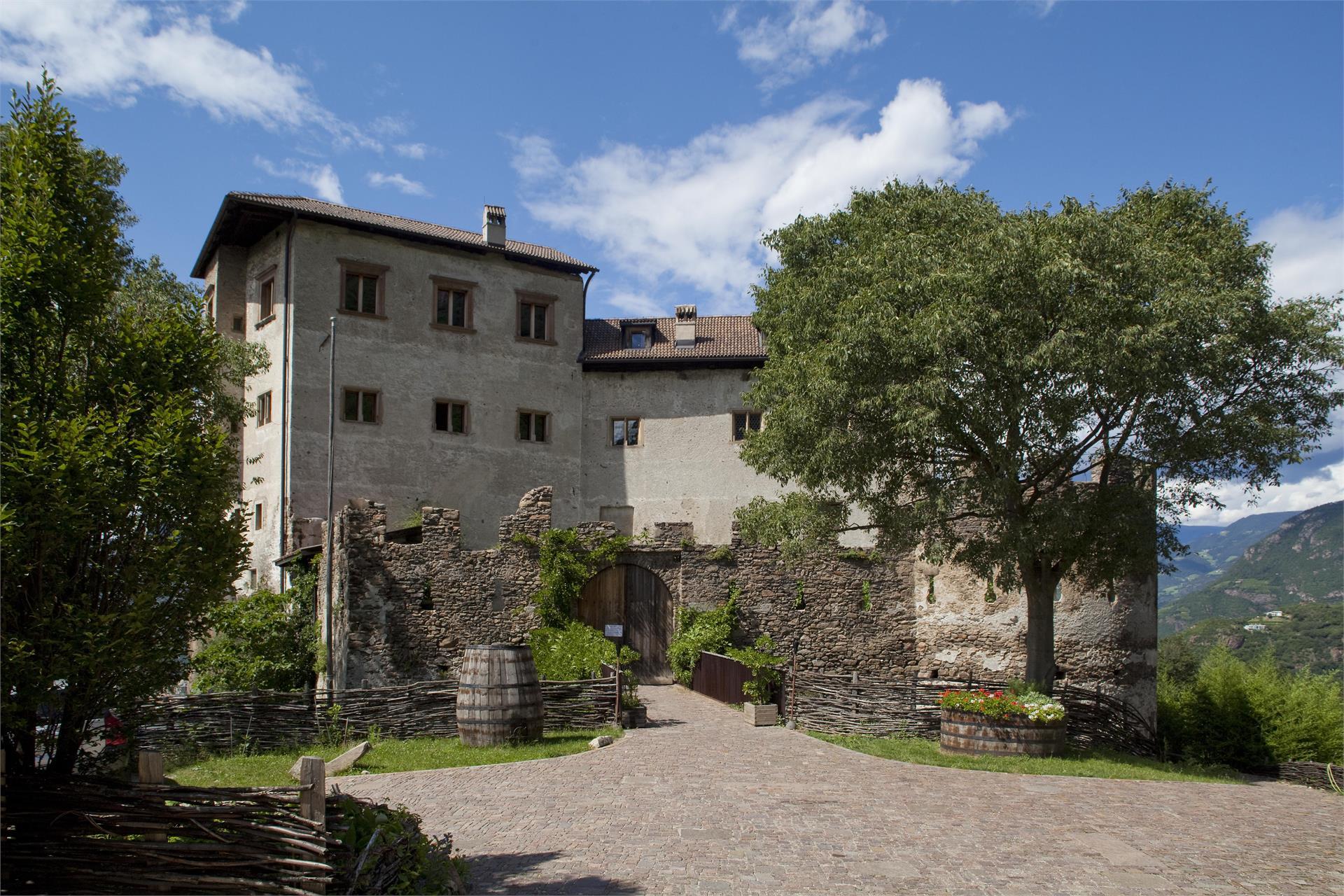 Castel Flavon