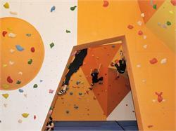 Ortisei/St.Ulrich-Runcadic/Runggaditsch Boulder Hall