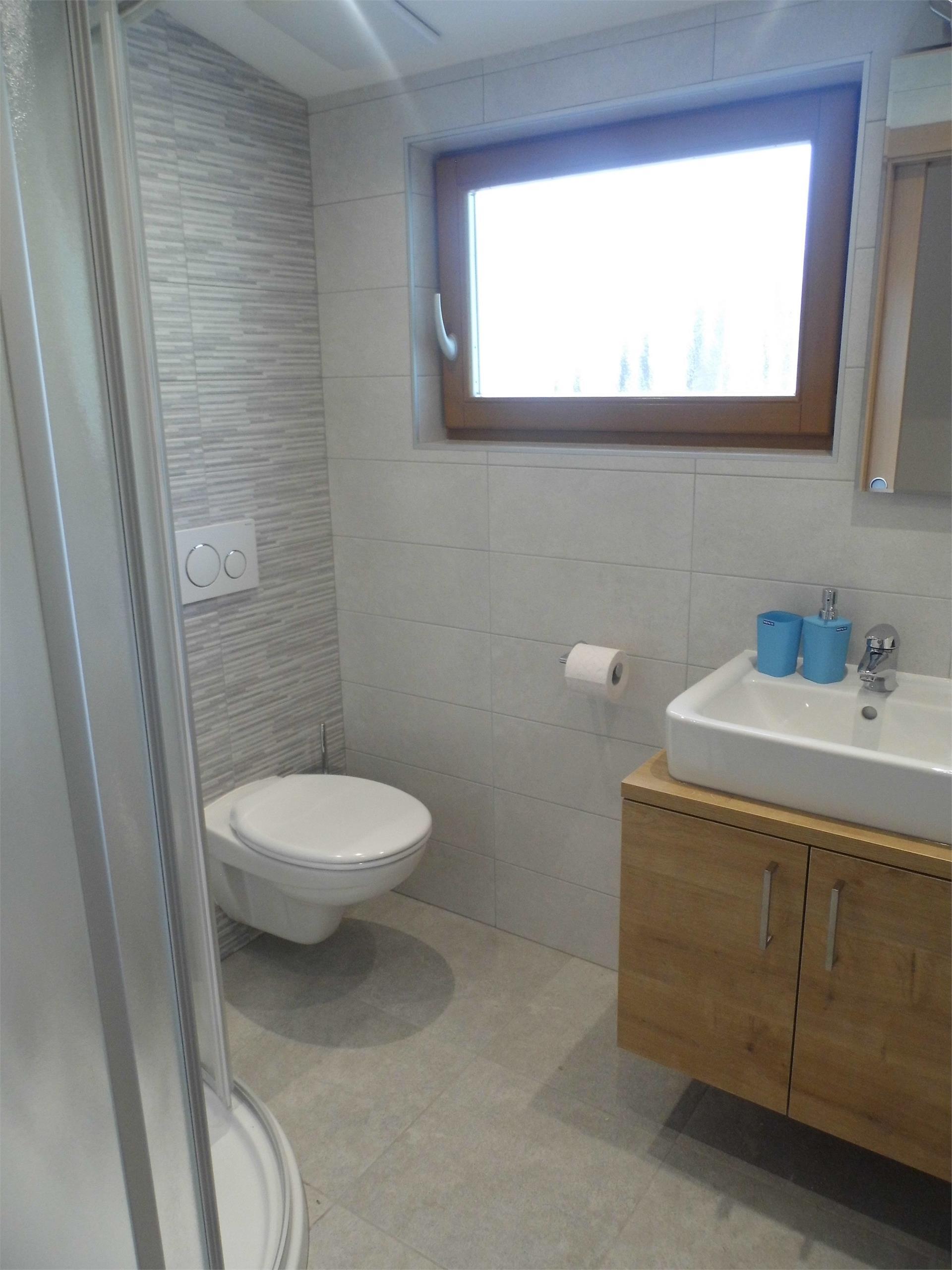 App.1 - bathroom