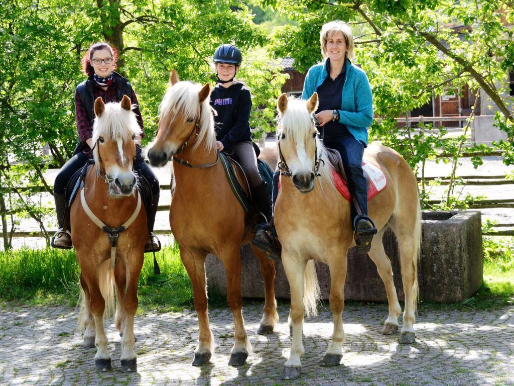 Horse riding Adamhof