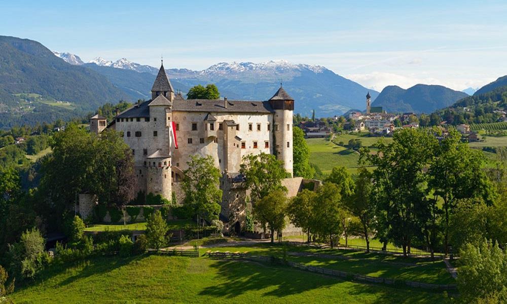 Castel Presule