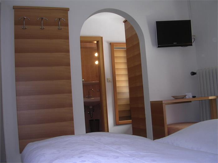 Room Hotel Edelweiss