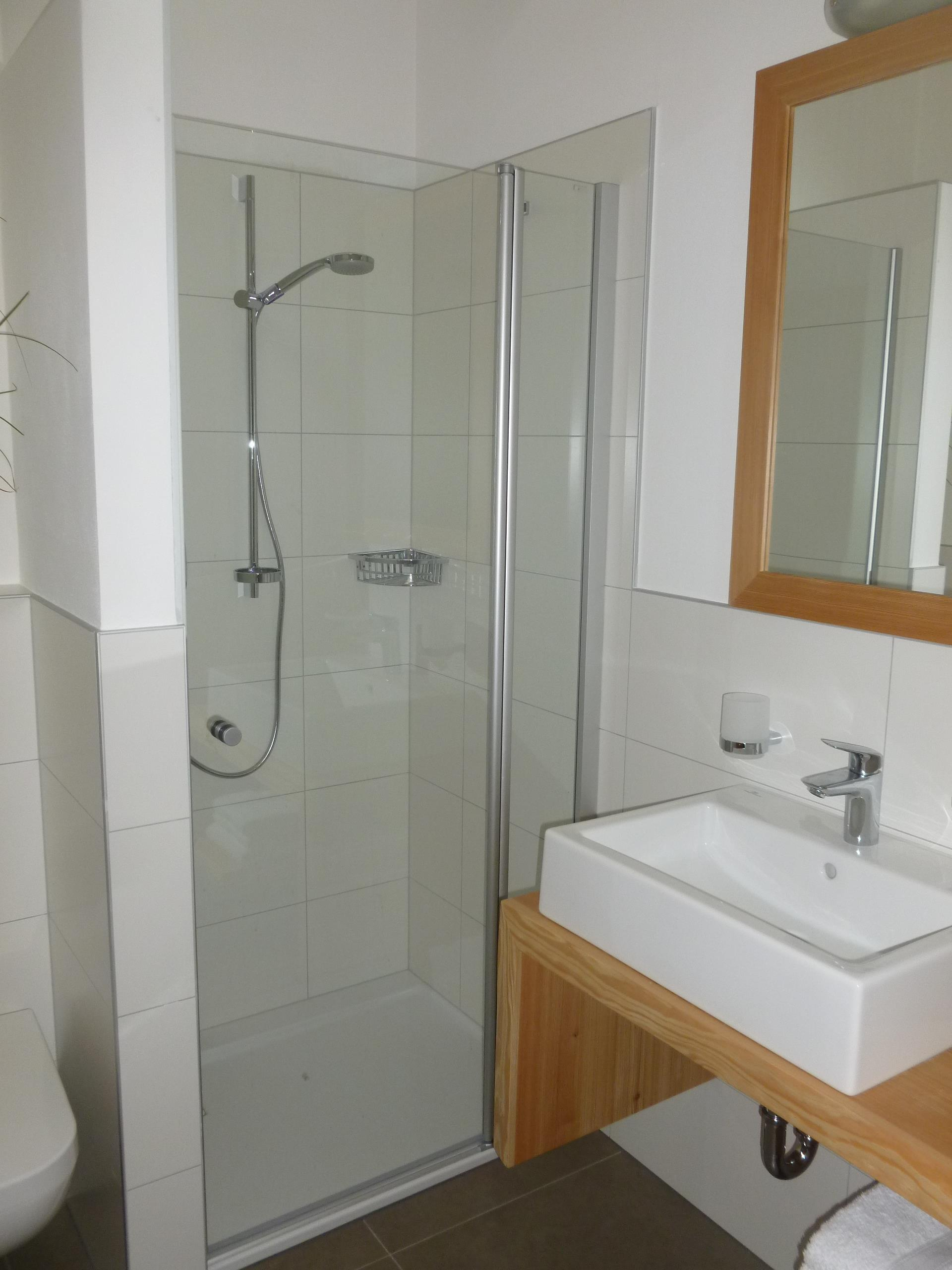 appartamento Karin - bagno con doccia e WC
