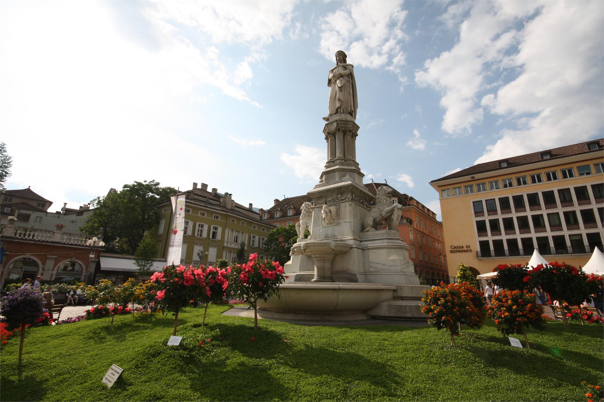 Monumento Walther von der Vogelweide