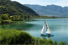 Segeln am Kalterer See