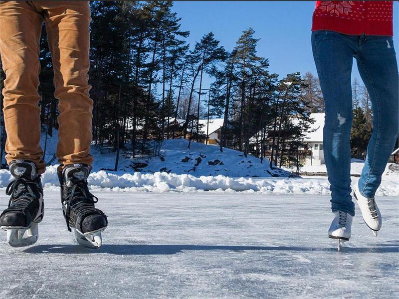 Pattinare su ghiaccio a San Genesio