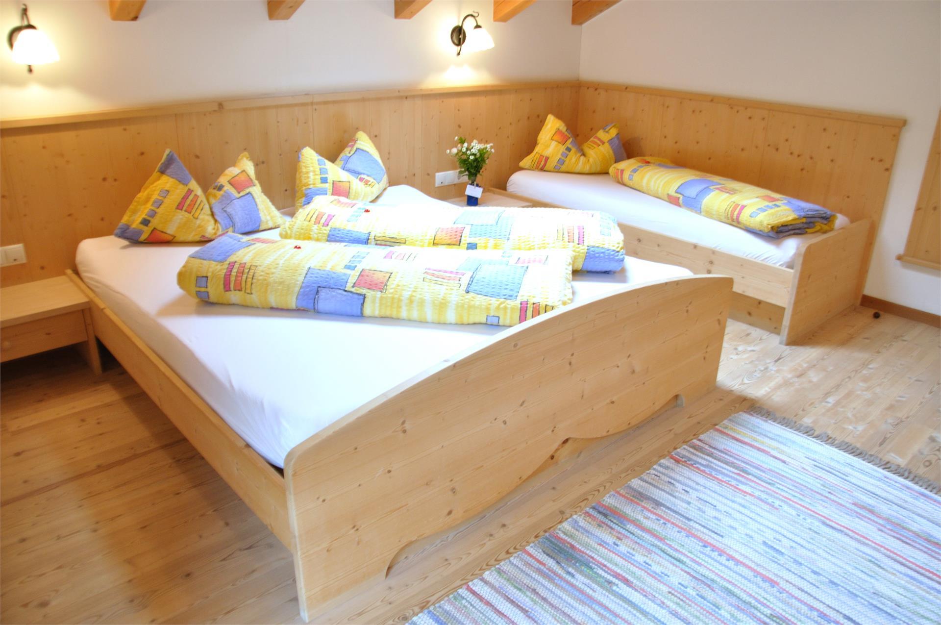 Schlafzimmer 1 Ferienwohnung Enzian