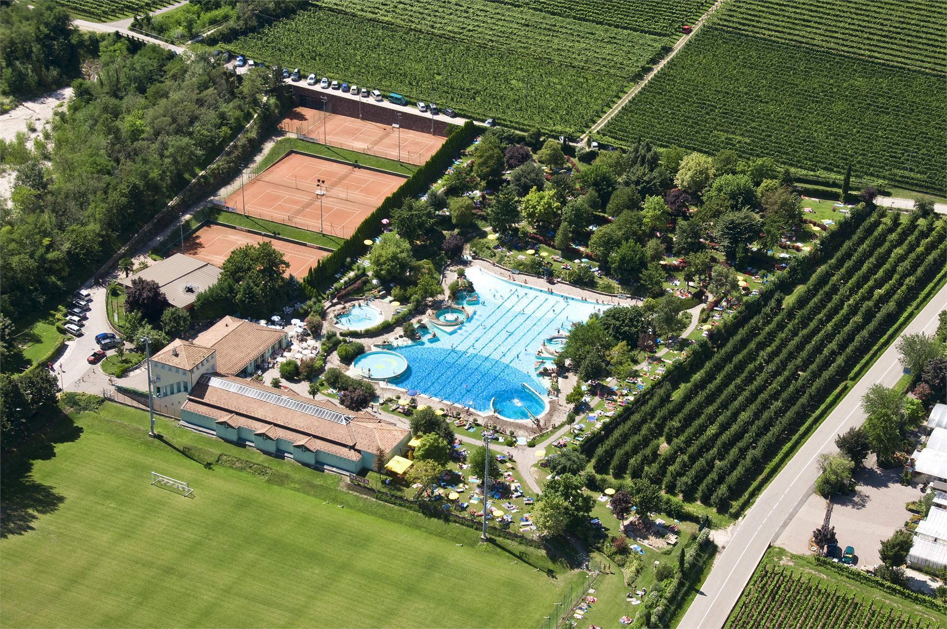 Tennis Court Termeno - Tramin