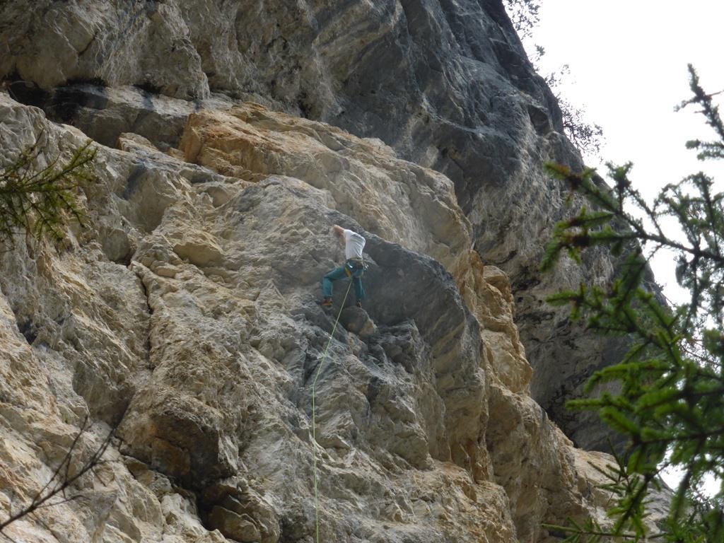 Climbing crag Landro