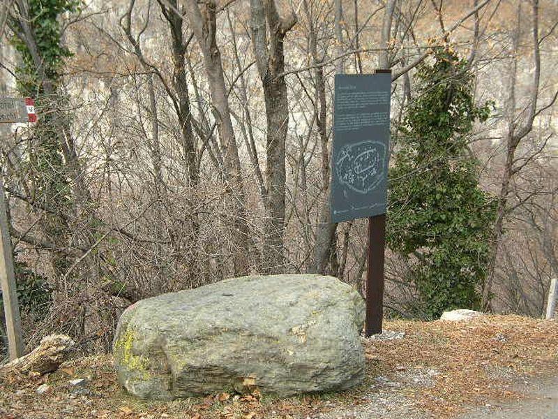 Large stone - Graun bei Kurtatsch