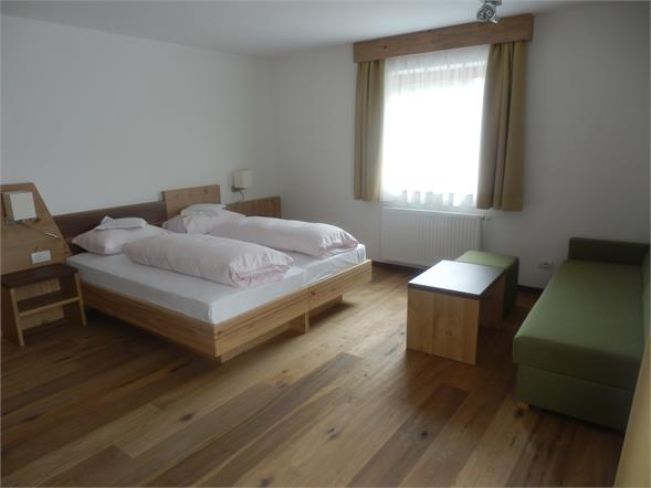 Doppelzimmer mit couch