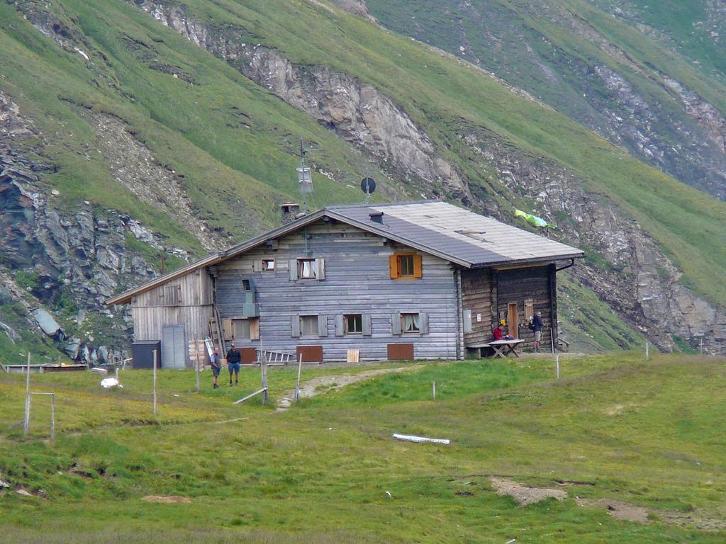 Über das Sandjoch zur Brixner Hütte