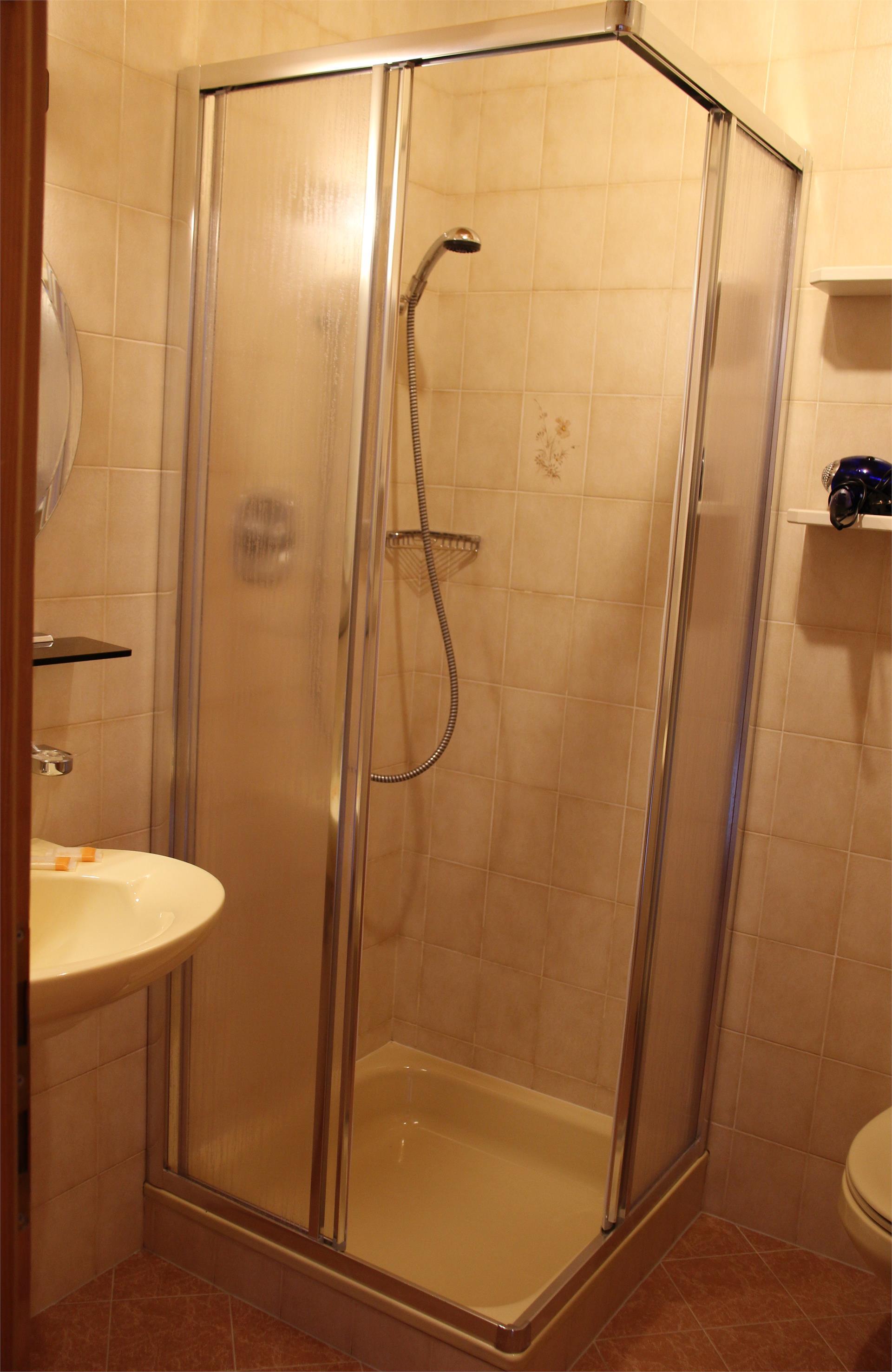 Badezimmer/Zimmer Typ C
