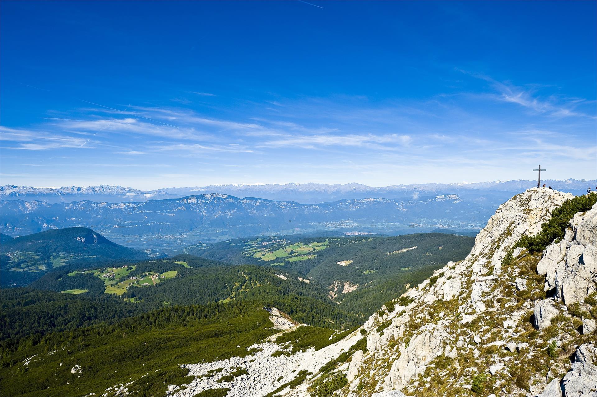 Circular Hike Redagno/Radein – Weißhorn Mountain
