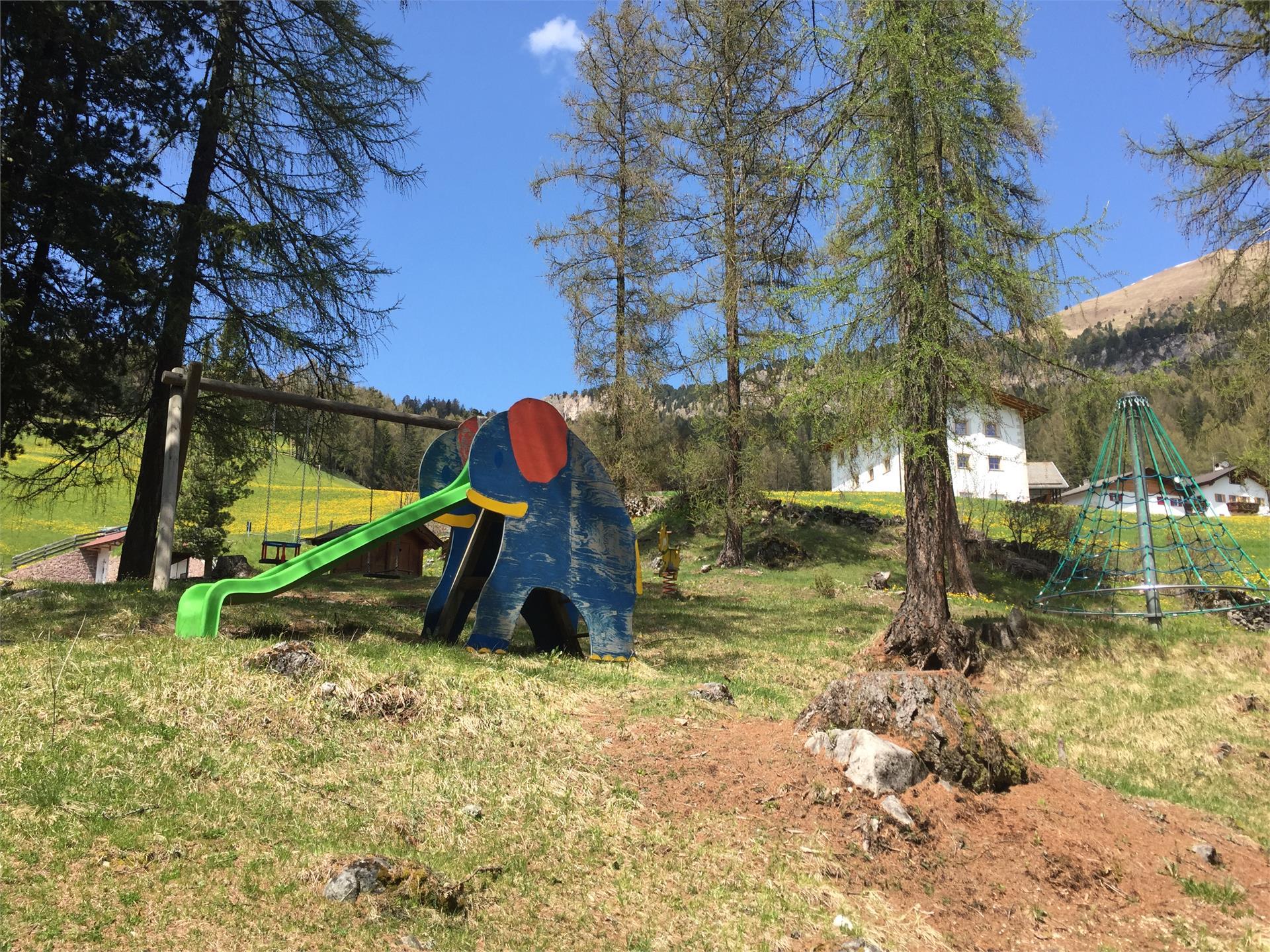 Kinderspielplatz Plesdinaz Praulëta