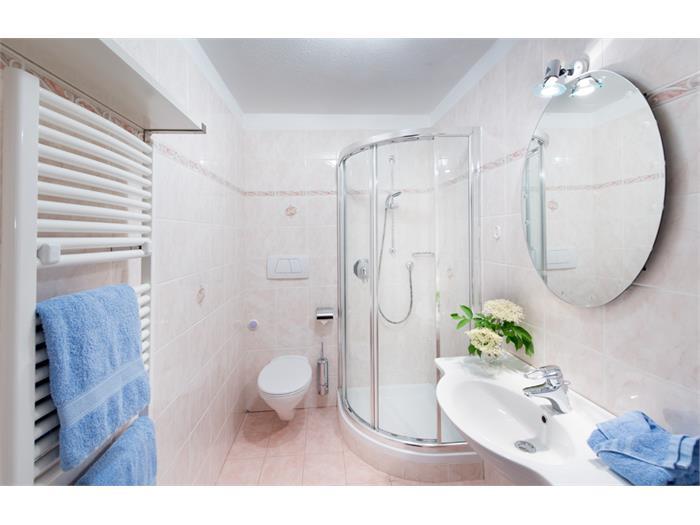 Ferienwohnung Wiesengrün - Bad mit Fußbodenheizung