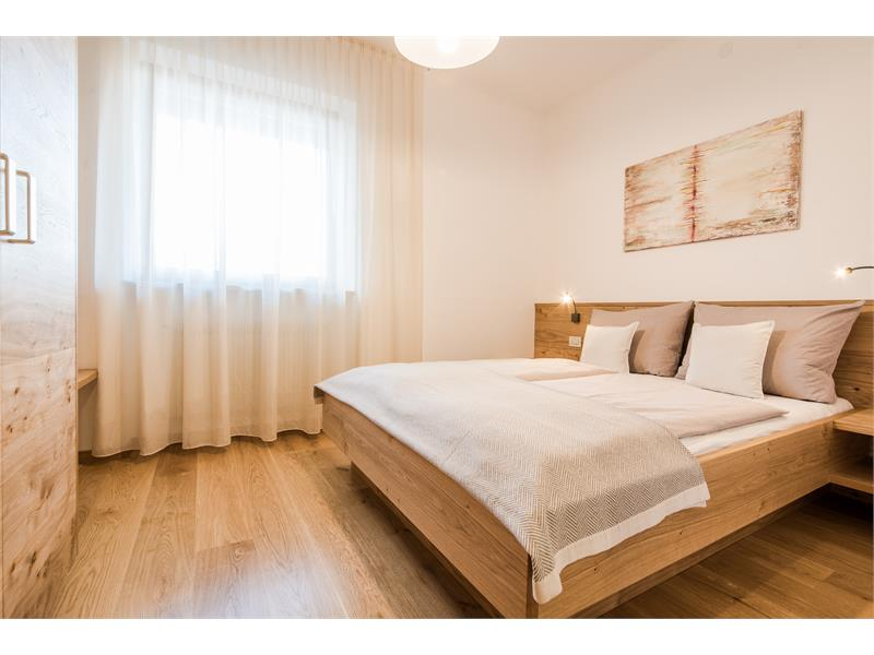 Schickes Schlafzimmer - Wohnung 2