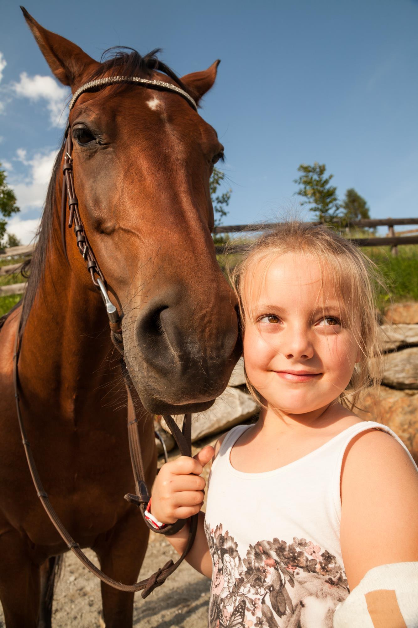 unsere Sophia mit Pferd Bruno