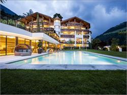 Quellenhof Luxury Resort Passeier – Hotel Alpenschlössel