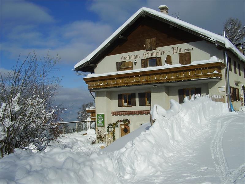 Schmiederalm im Schnee