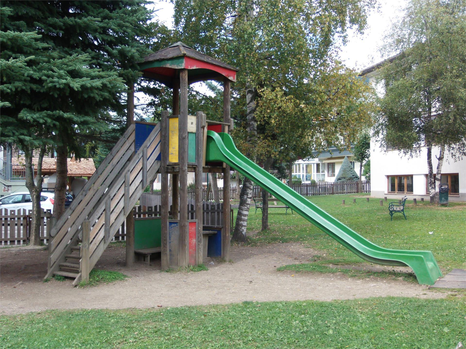 Parco giochi Scuola Elementare