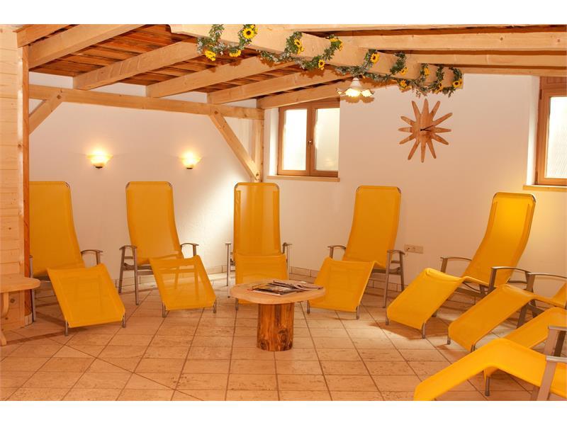 Aparthotel Viktoria Kastelruth Seiser Alm Dolomiten Saunalandschaft für die Wintermonate