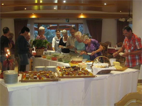 Buffet di verdura/buffet di dolci/buffet tirolese