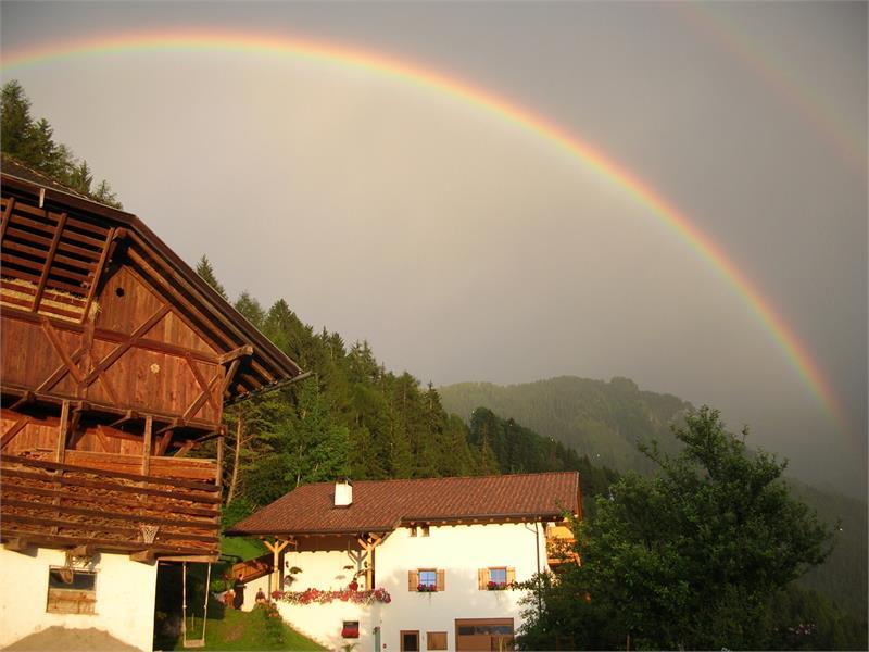 Grunserhof with rainbow