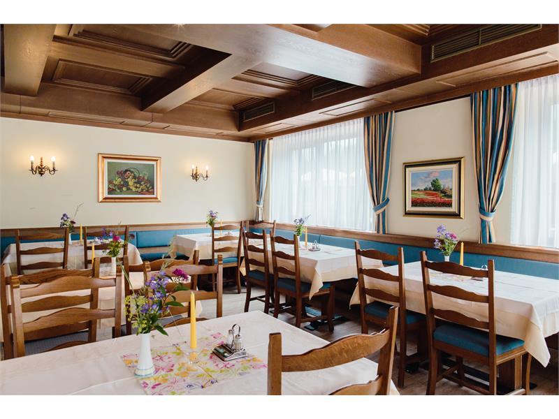 Sala da pranzo nel Hotel Waldsee- Fié allo Sciliar